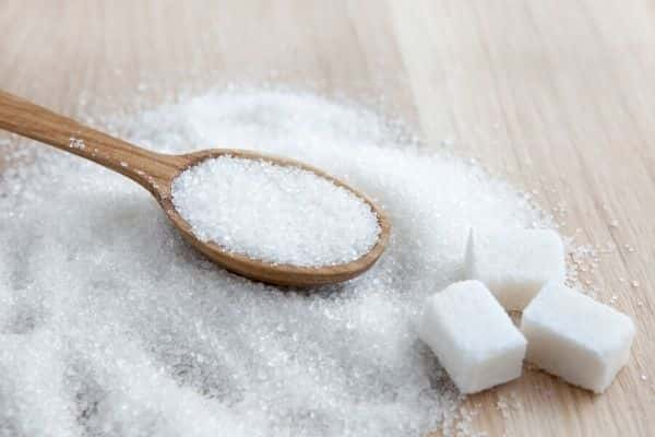 sugar is one of the ingredients to avoid for oily skin