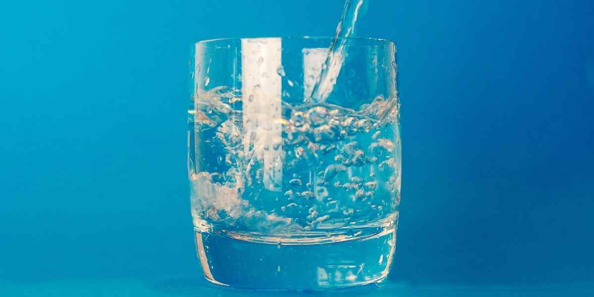 drink water for getting rid of acne scars